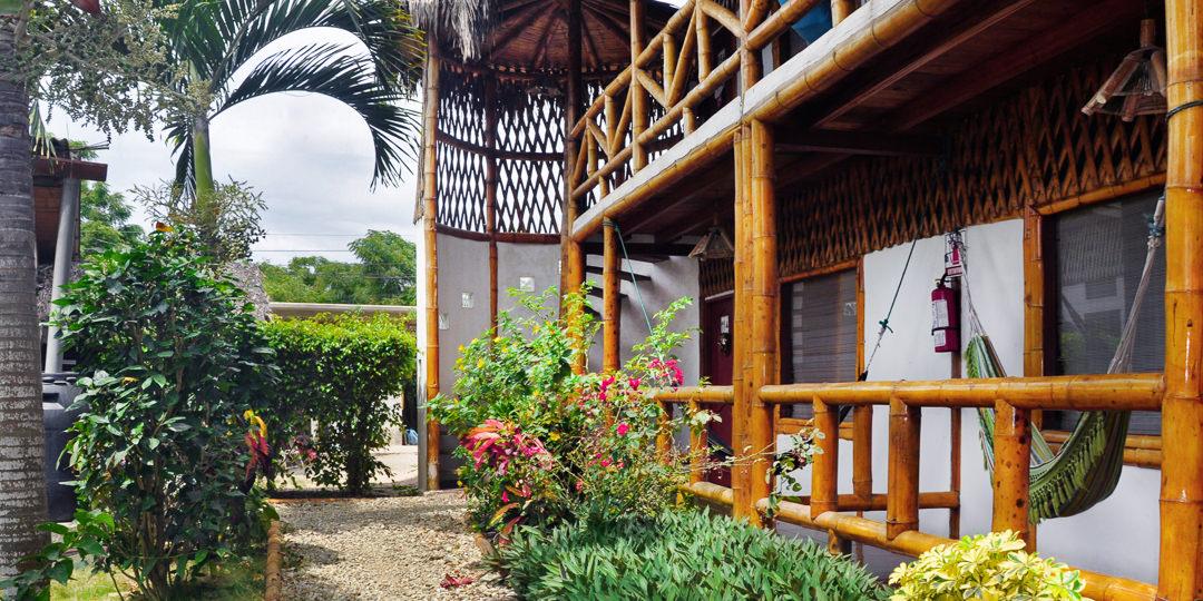 ngotaxi volunteering ecuador surfcamp-26