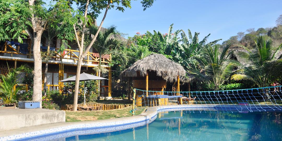 ngotaxi volunteering ecuador surfcamp-29