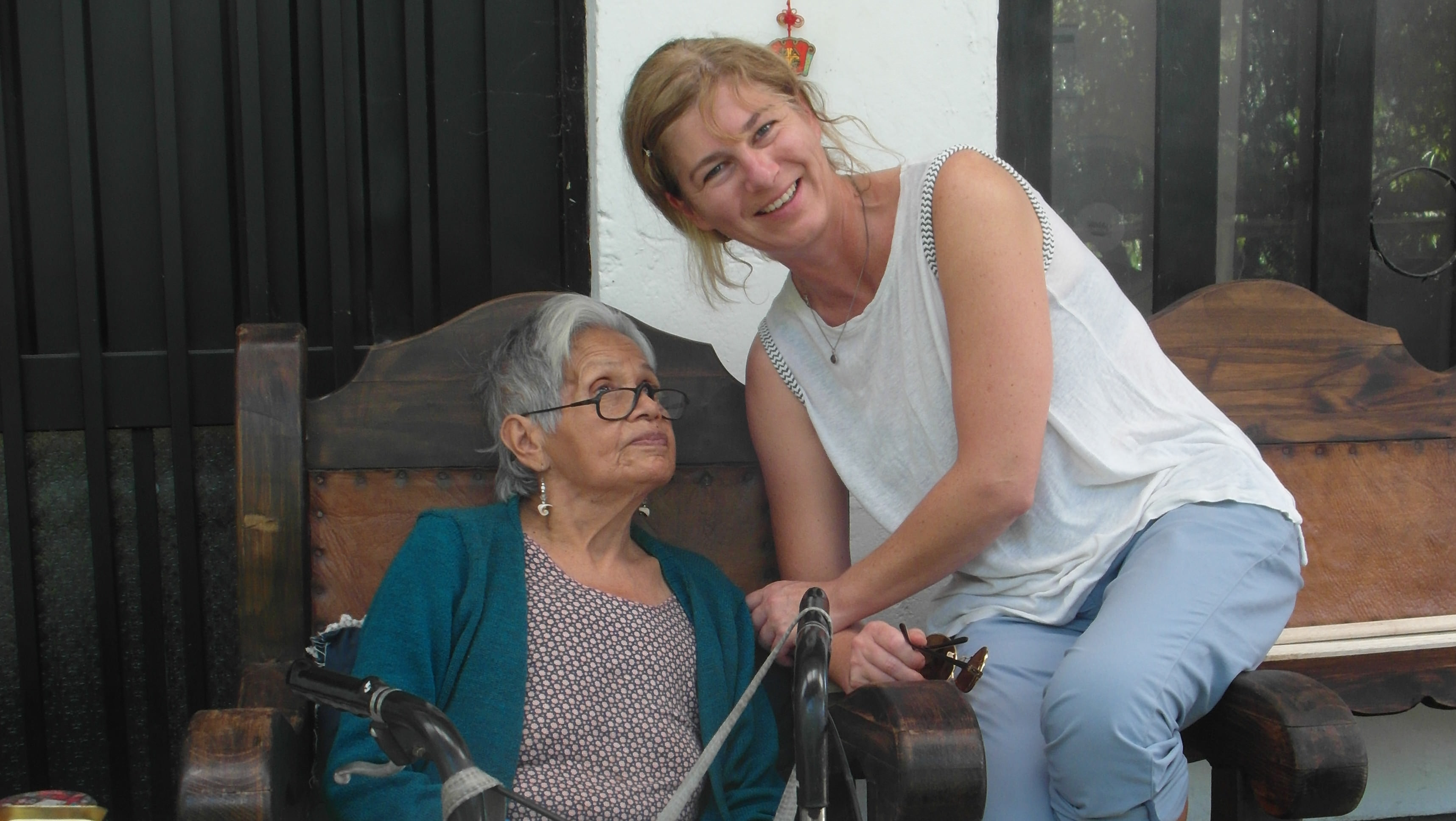 Bring Laughter Back Into the Lives of Disadvantaged Elderly People Whilst Learning about Colombia's Recent History First Hand! (Colombia)