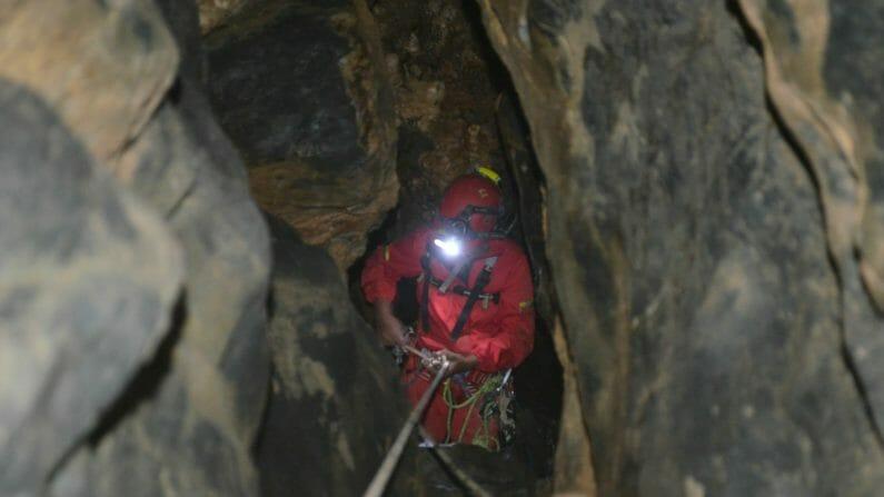 Caving Tour.2